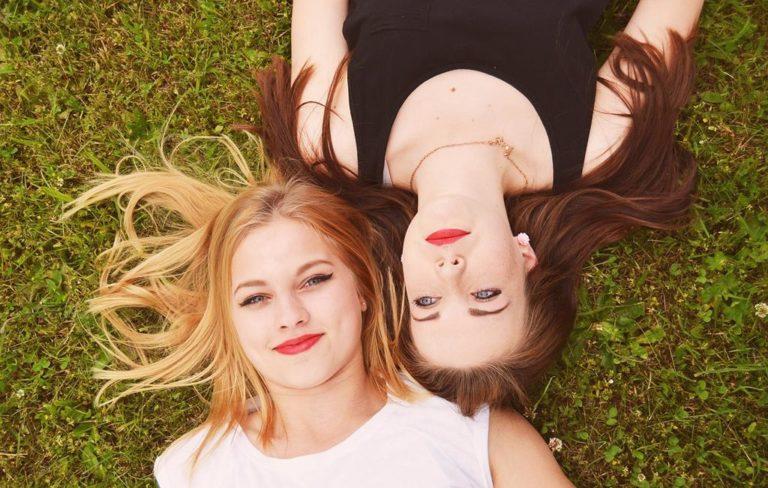Dlaczego faza księżyca ma wpływ na nasze włosy?